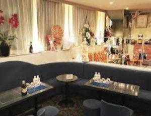 六本木のクラブ、ベルフェームの店内画像