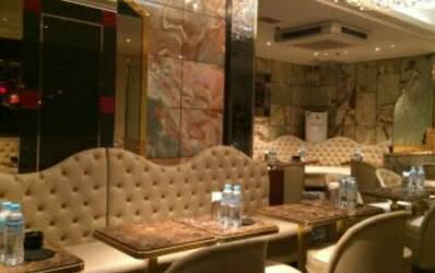 銀座キャバクラ、ルシェンテの店内