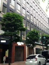 中島商事ビルの外観