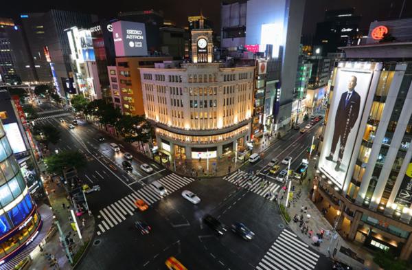 銀座の街風景