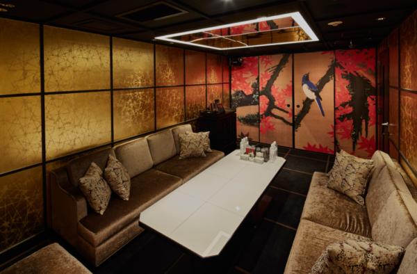 六本木キャバクラ『美人茶屋』